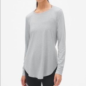 Gapfit Breathe Long Sleeve Hi Lo Tunic